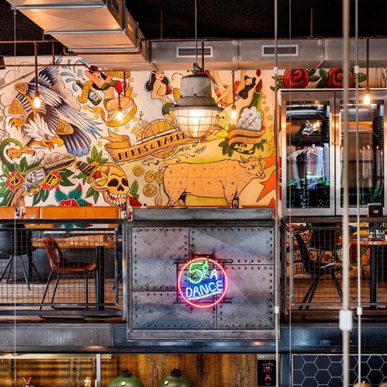Utrecht harbour restaurant